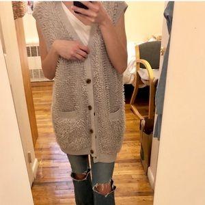 Wilfred. Aritzia. Merino 'audy' oversized vest